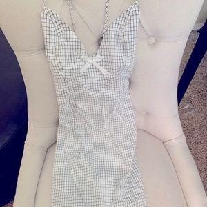 Lulu's checkered cross cross dress NWT